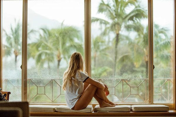 Minimalist Travel , Lifestyle and Home Trends