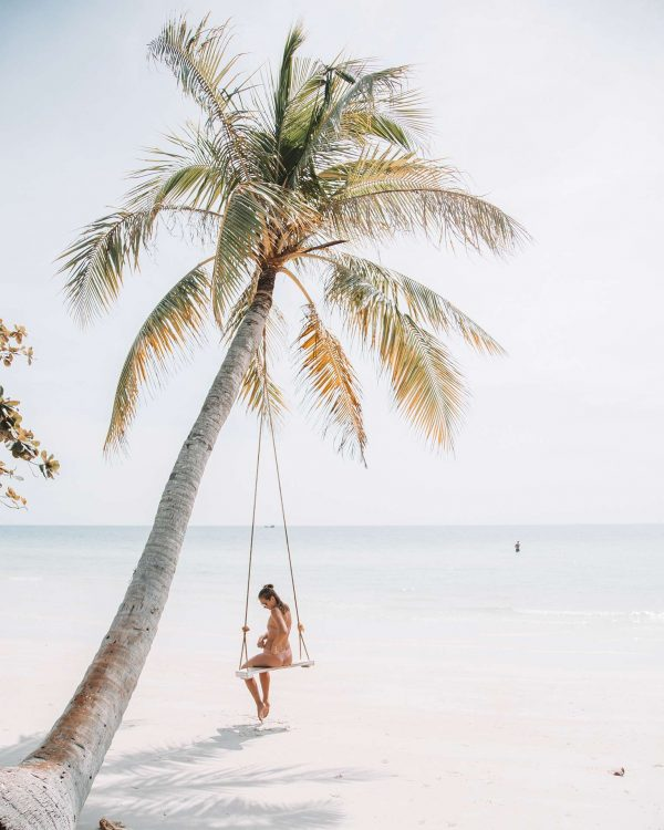 Best of the Week: Travel Skincare Tips